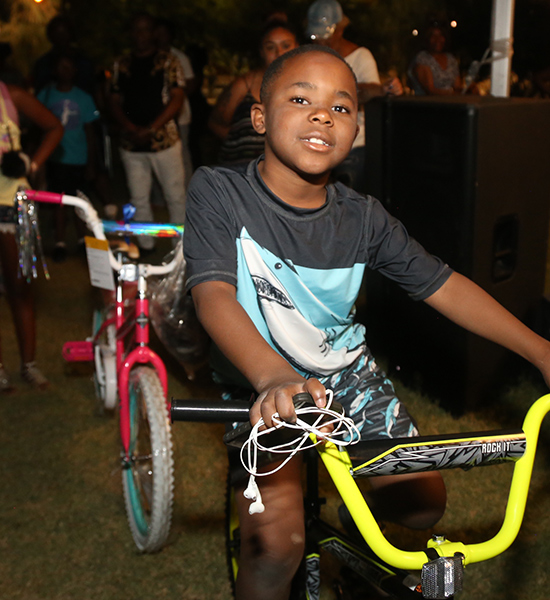 rainbow_dreams_students_get_new_wheels_juneteenth_festival_2018